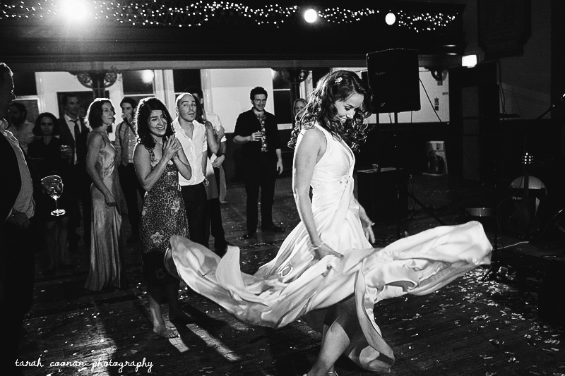 bride marilyn dancing
