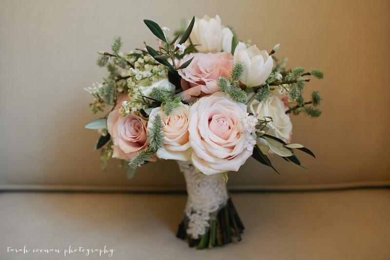 spring magnolia bouquet
