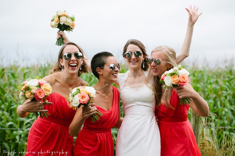 bride and bridesmaids sunglasses