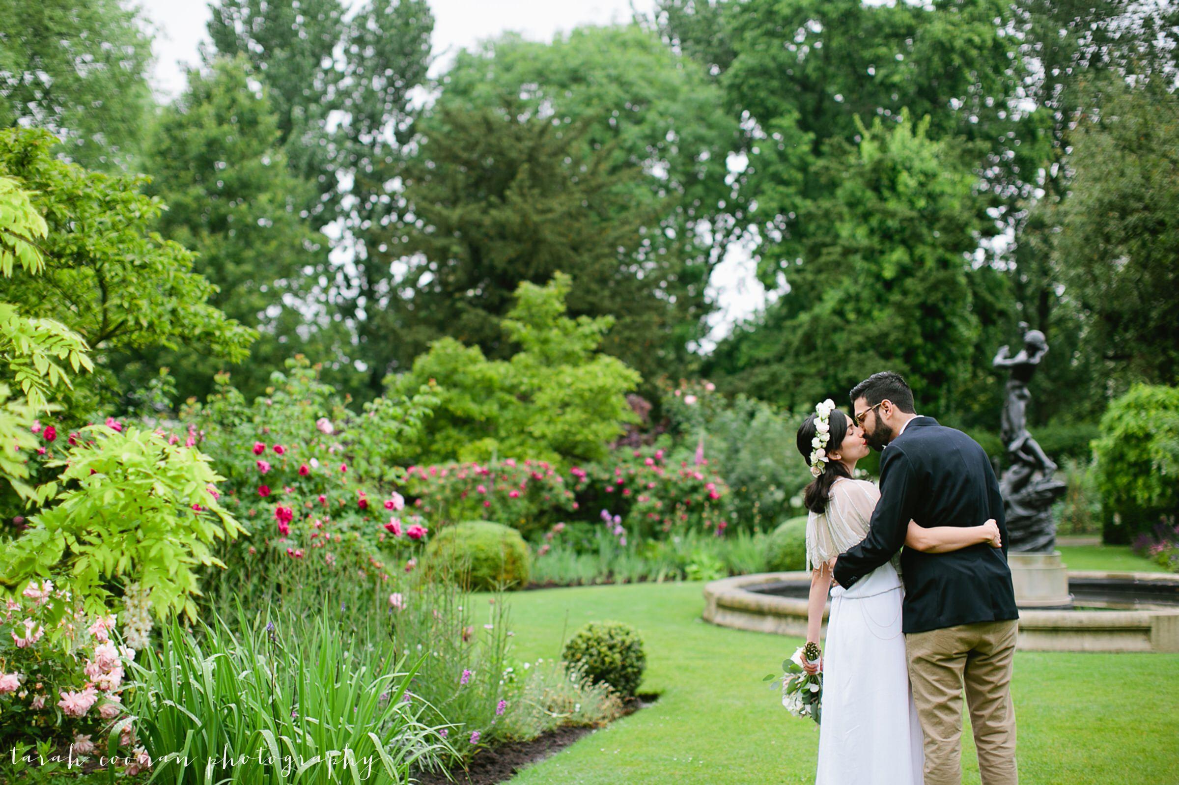london park wedding photo