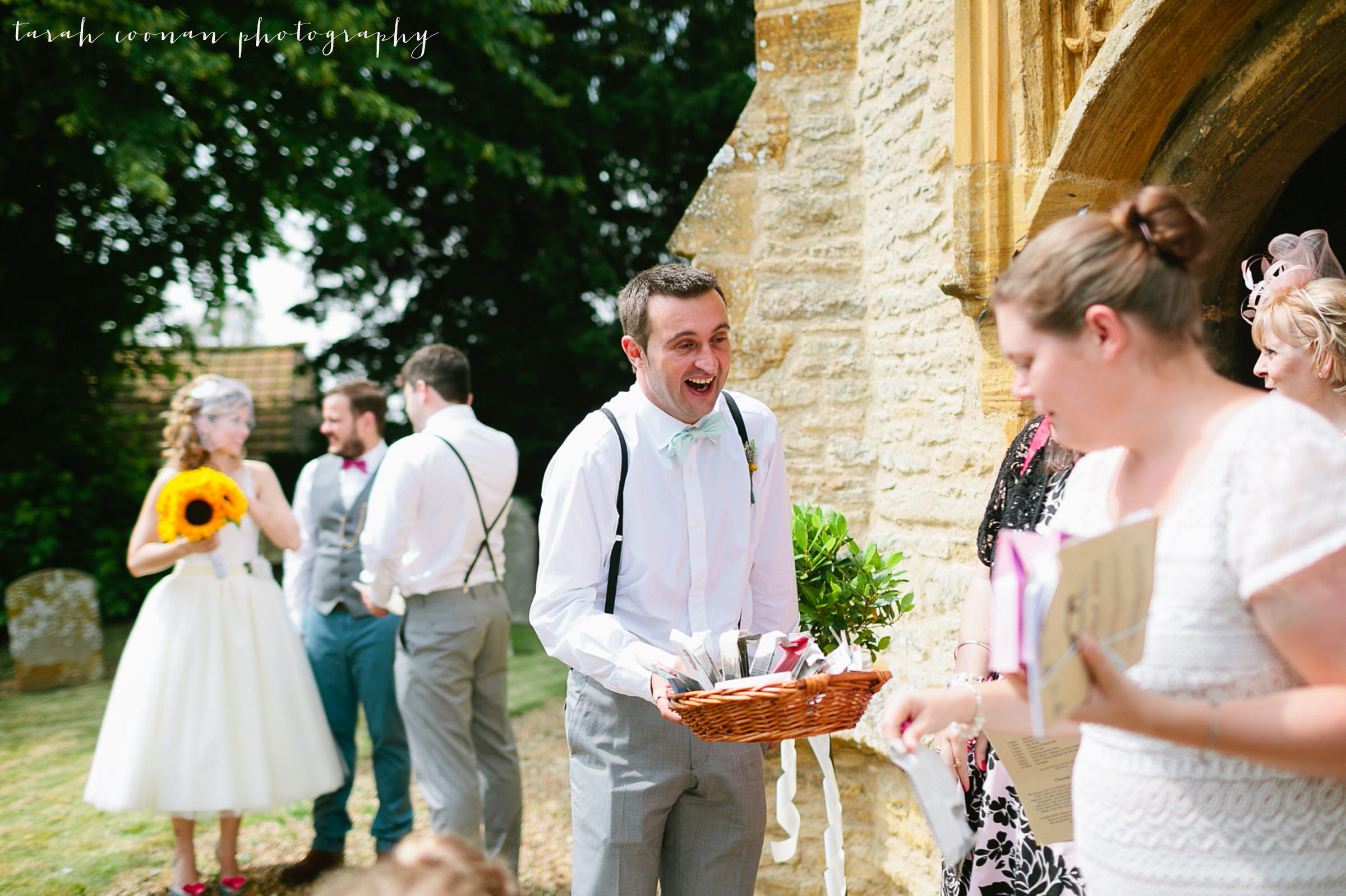 furtho-manor-farm-wedding_042
