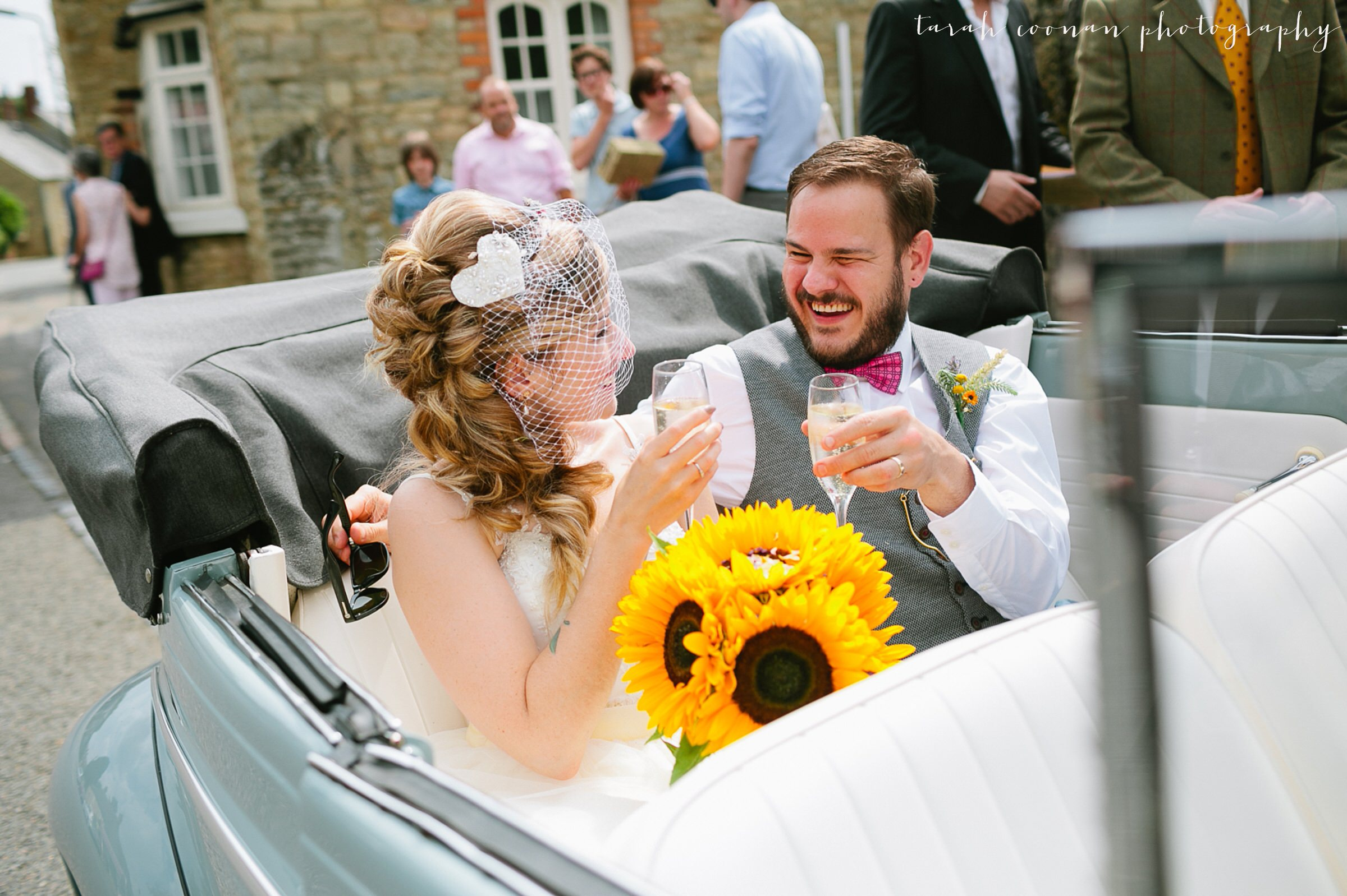 furtho-manor-farm-wedding_056
