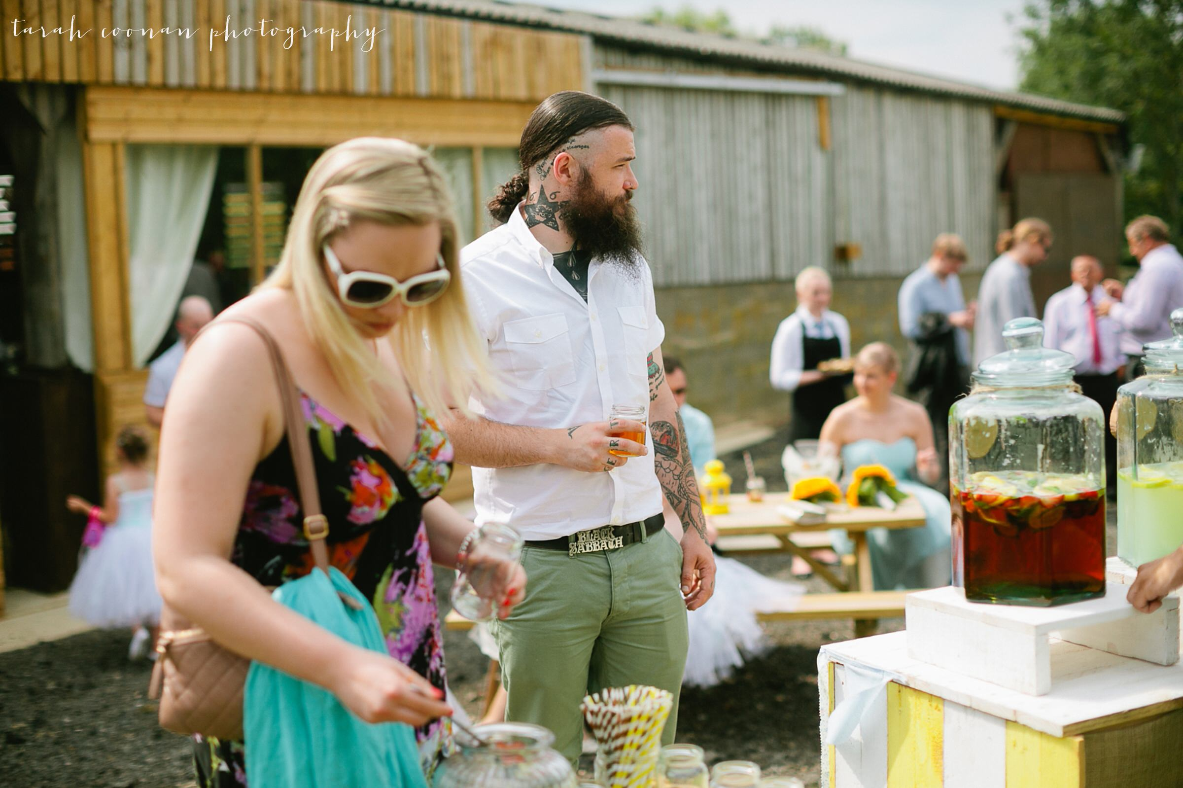 furtho-manor-farm-wedding_072
