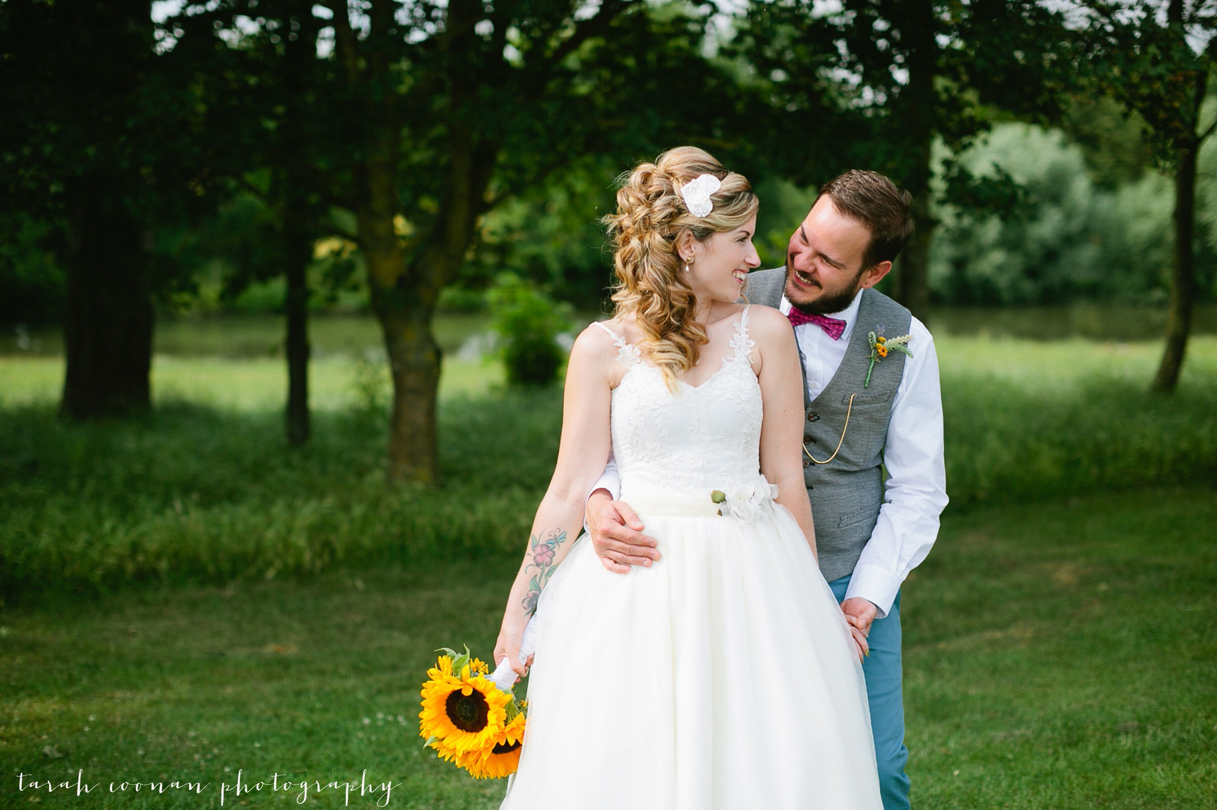 furtho-manor-farm-wedding_086