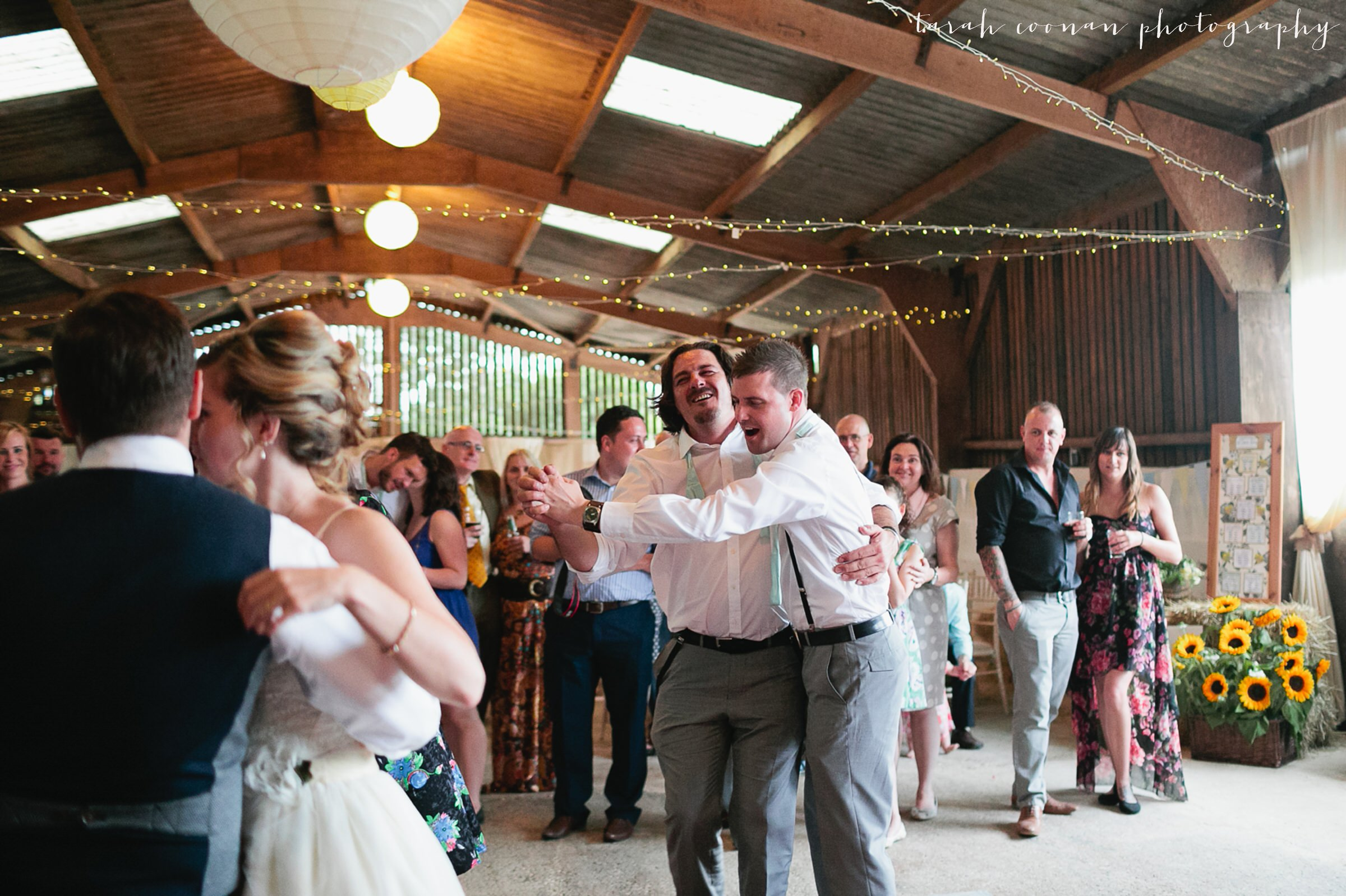 furtho-manor-farm-wedding_142