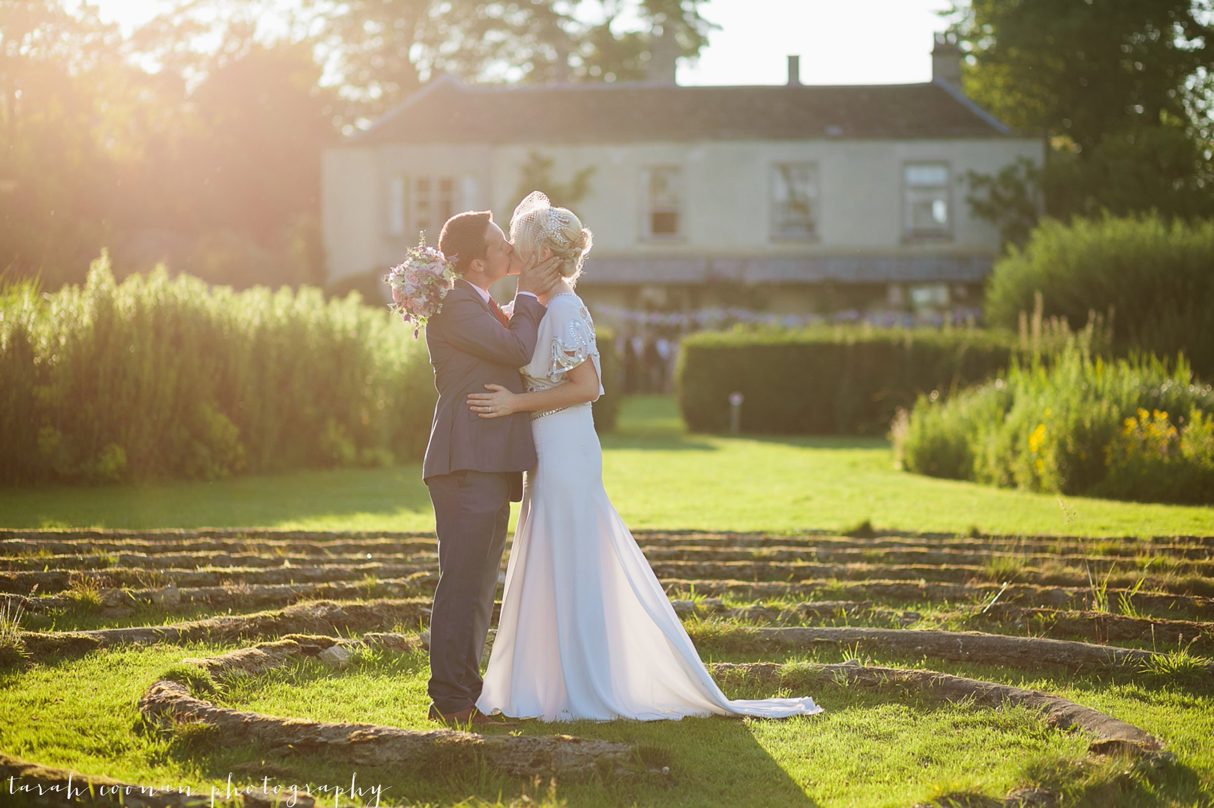 romantic golden light wedding