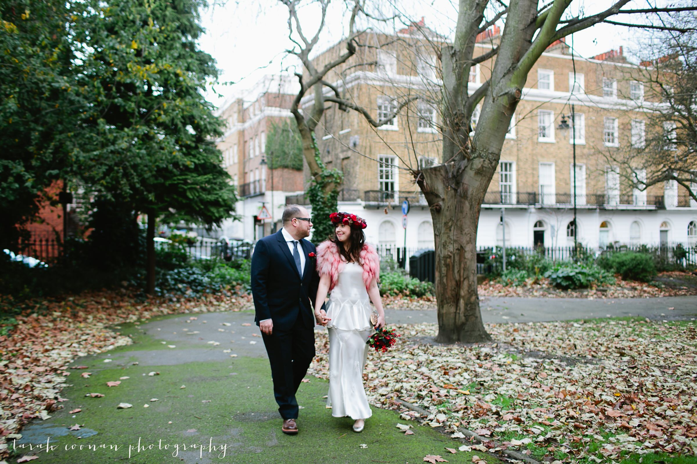 old-finsbury-town-hall-wedding_006