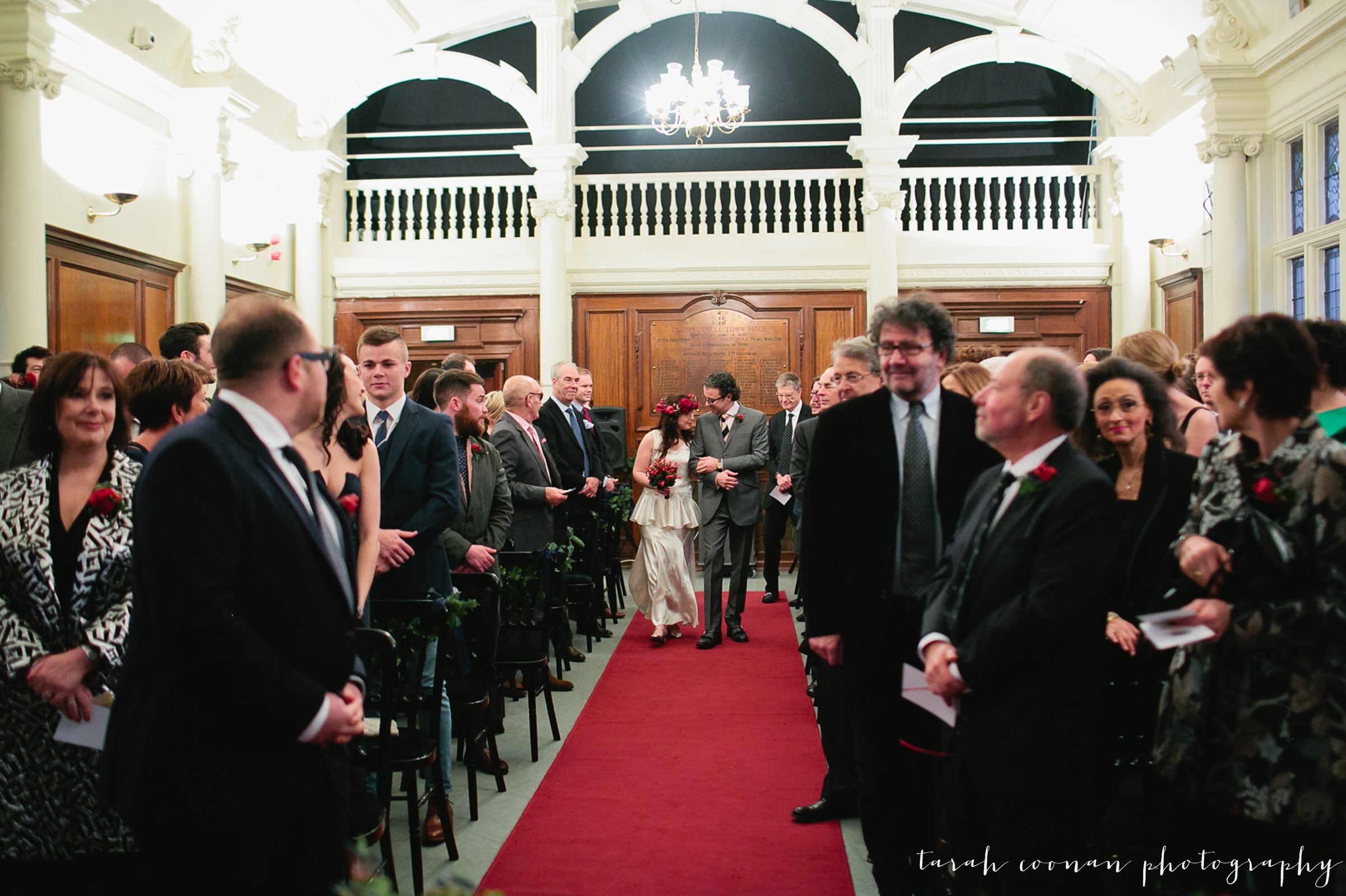 old-finsbury-town-hall-wedding_024