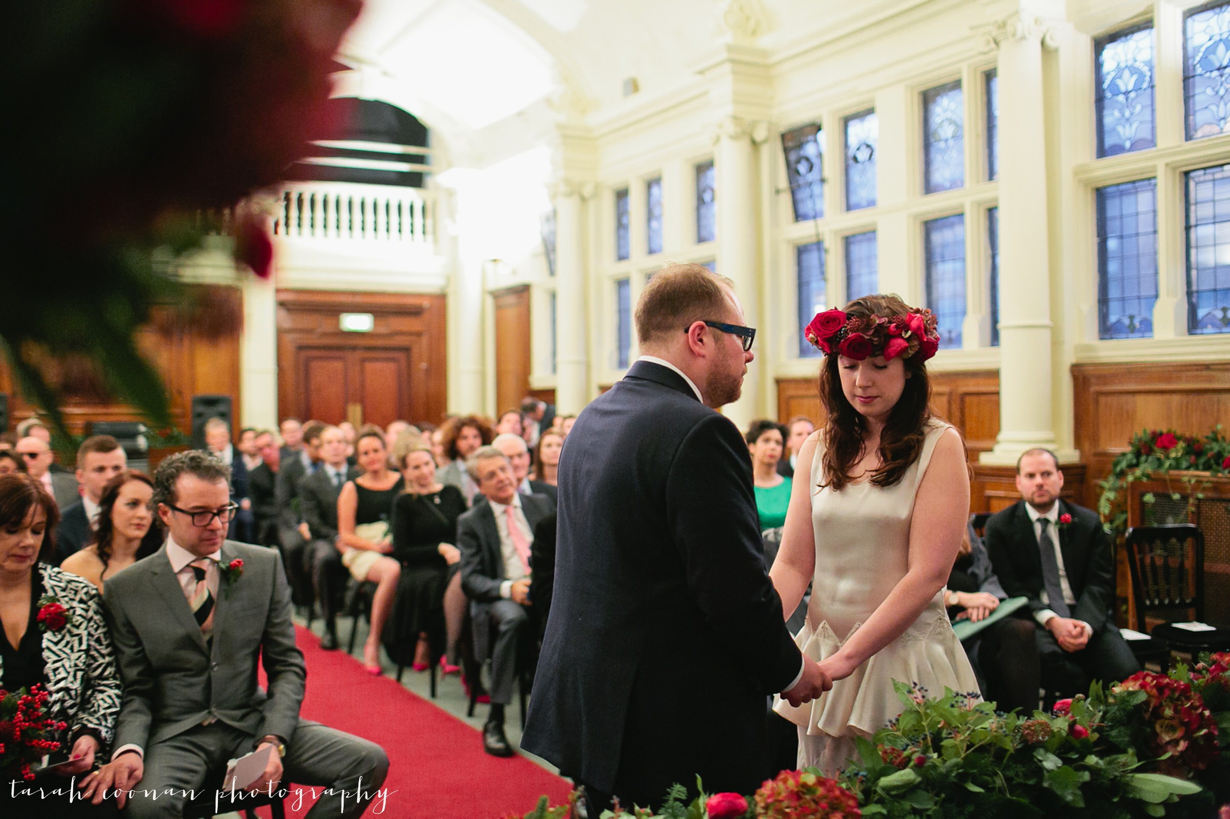 old-finsbury-town-hall-wedding_030