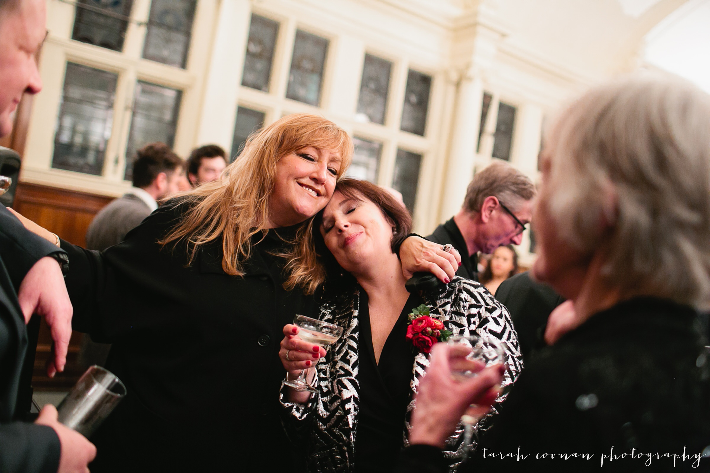 old-finsbury-town-hall-wedding_057