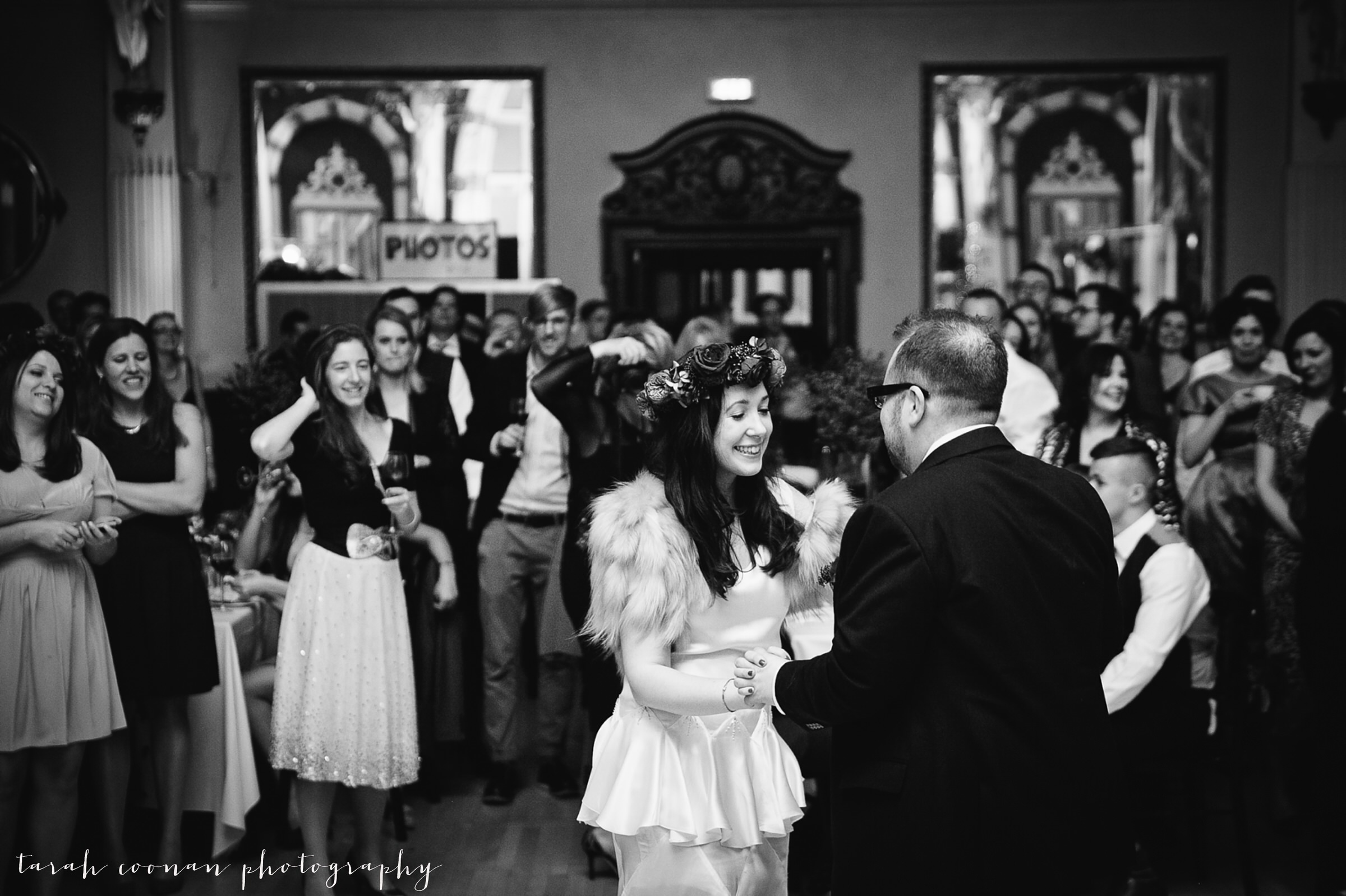 old-finsbury-town-hall-wedding_111.1