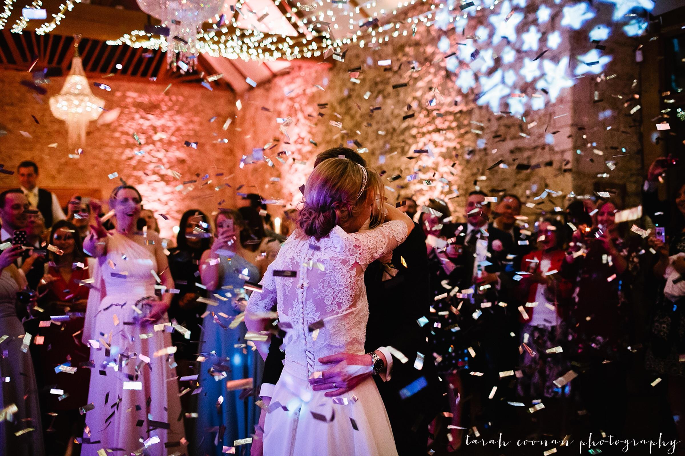 confetti canon first dance
