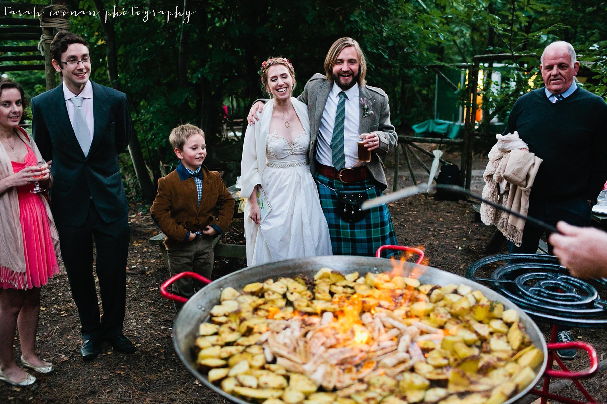 wedding big pan food