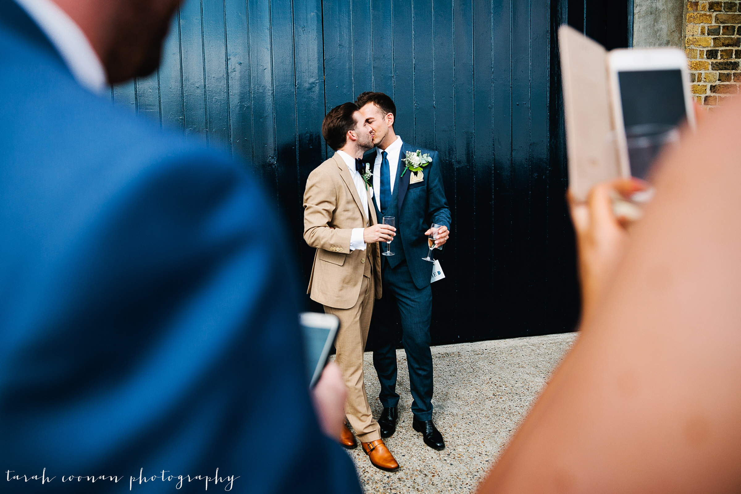 trinity-buoy-wharf-wedding_048