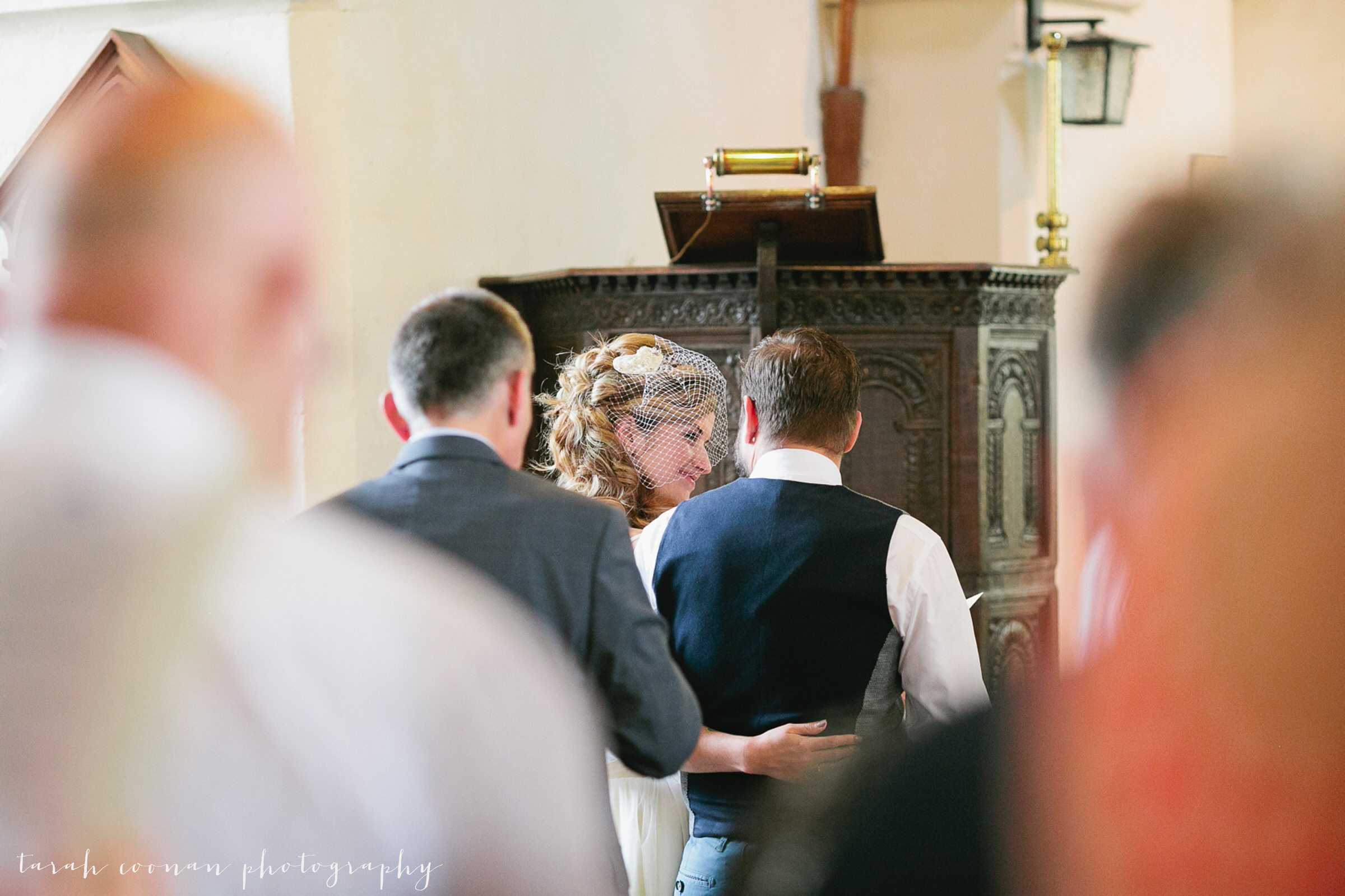 furtho-manor-farm-wedding_034