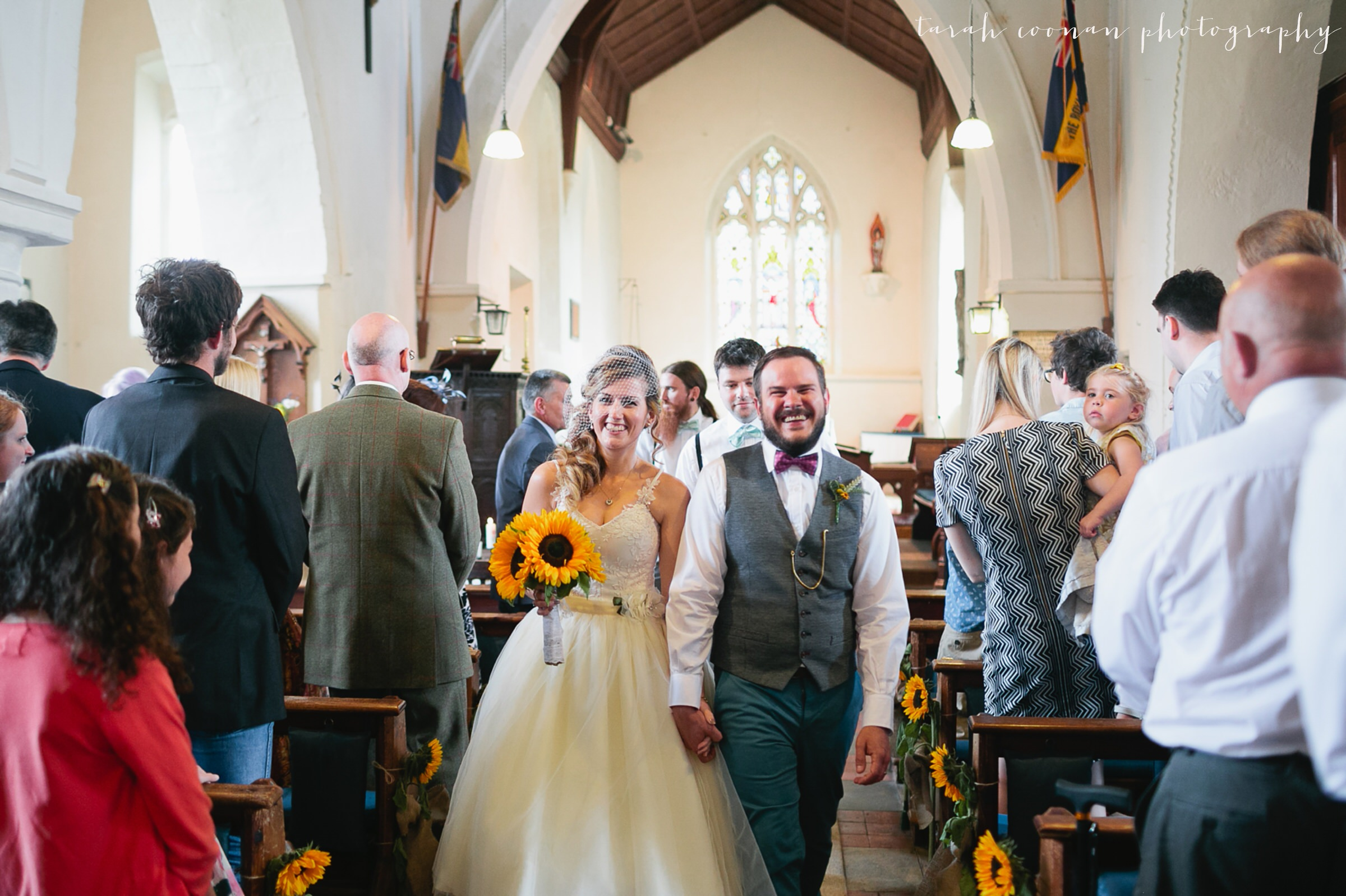 furtho-manor-farm-wedding_037