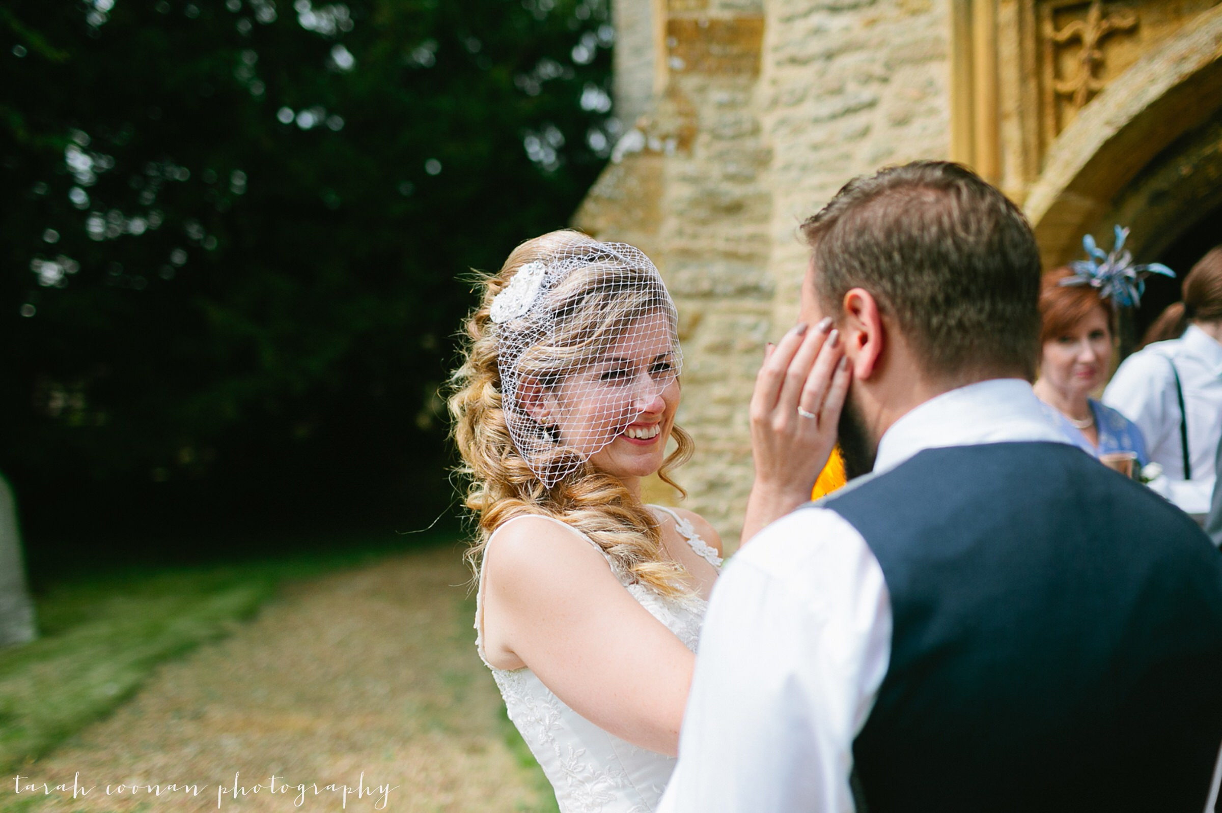 furtho-manor-farm-wedding_040