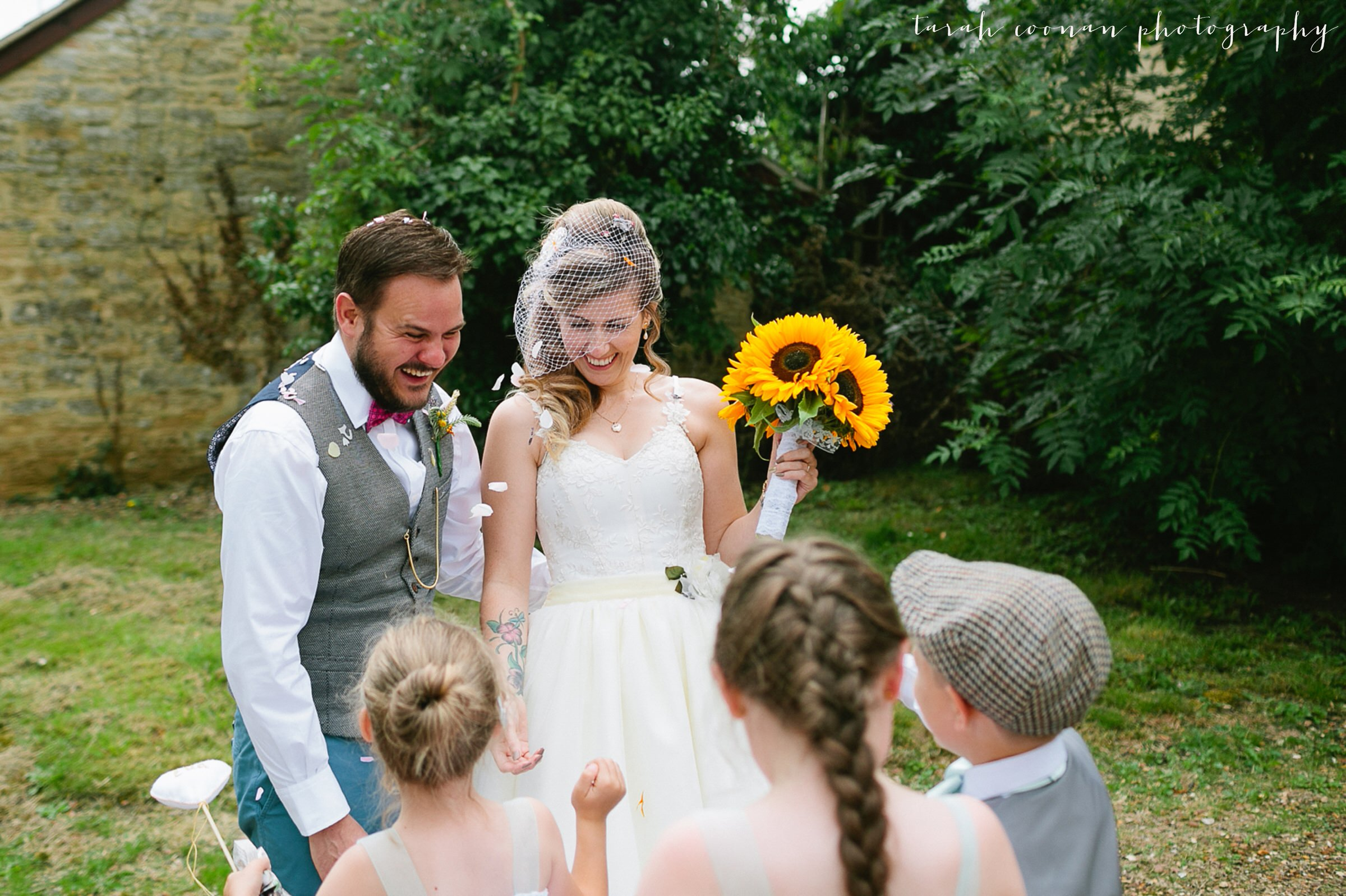 furtho-manor-farm-wedding_046