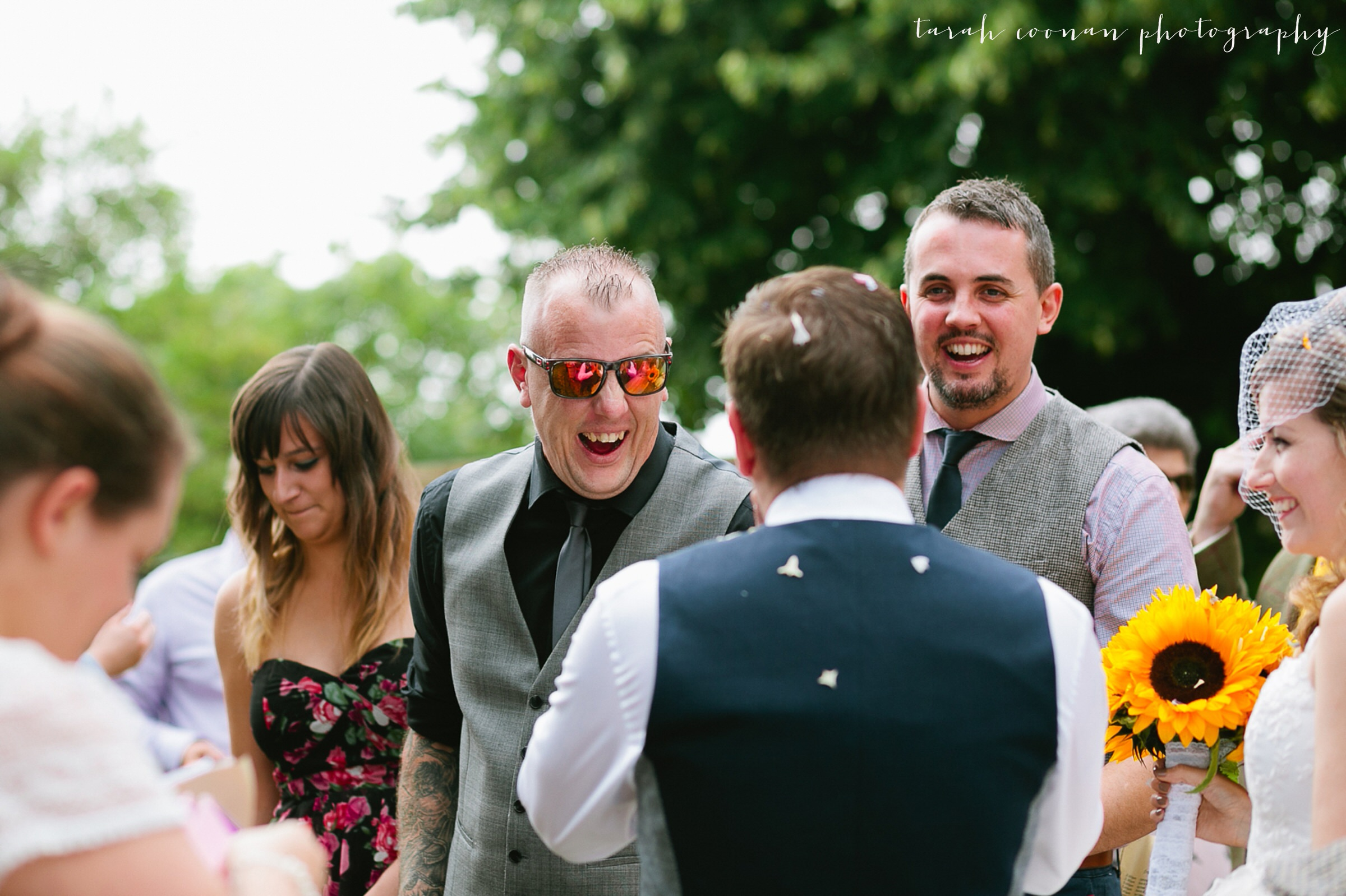 furtho-manor-farm-wedding_051