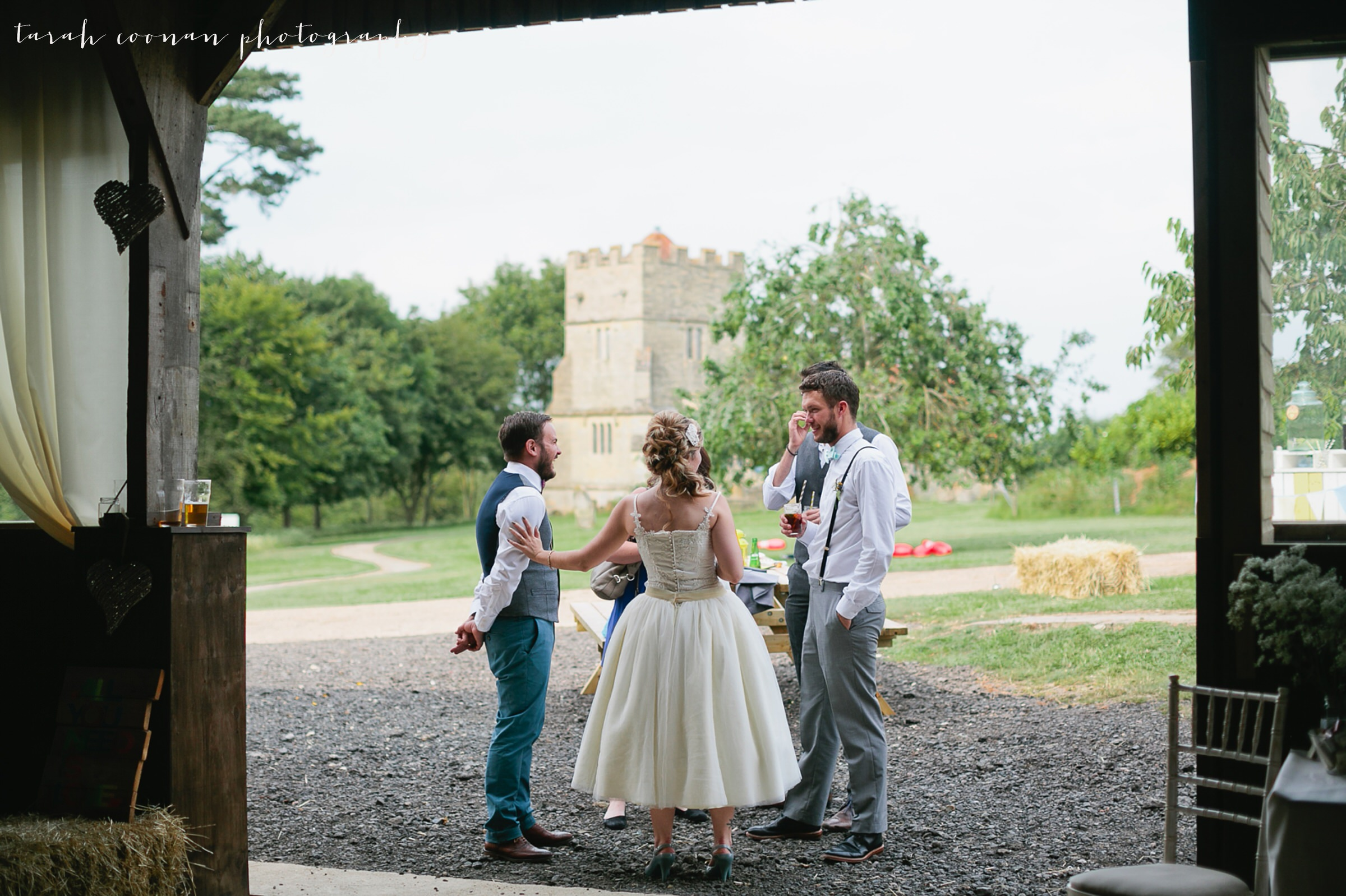 furtho-manor-farm-wedding_091