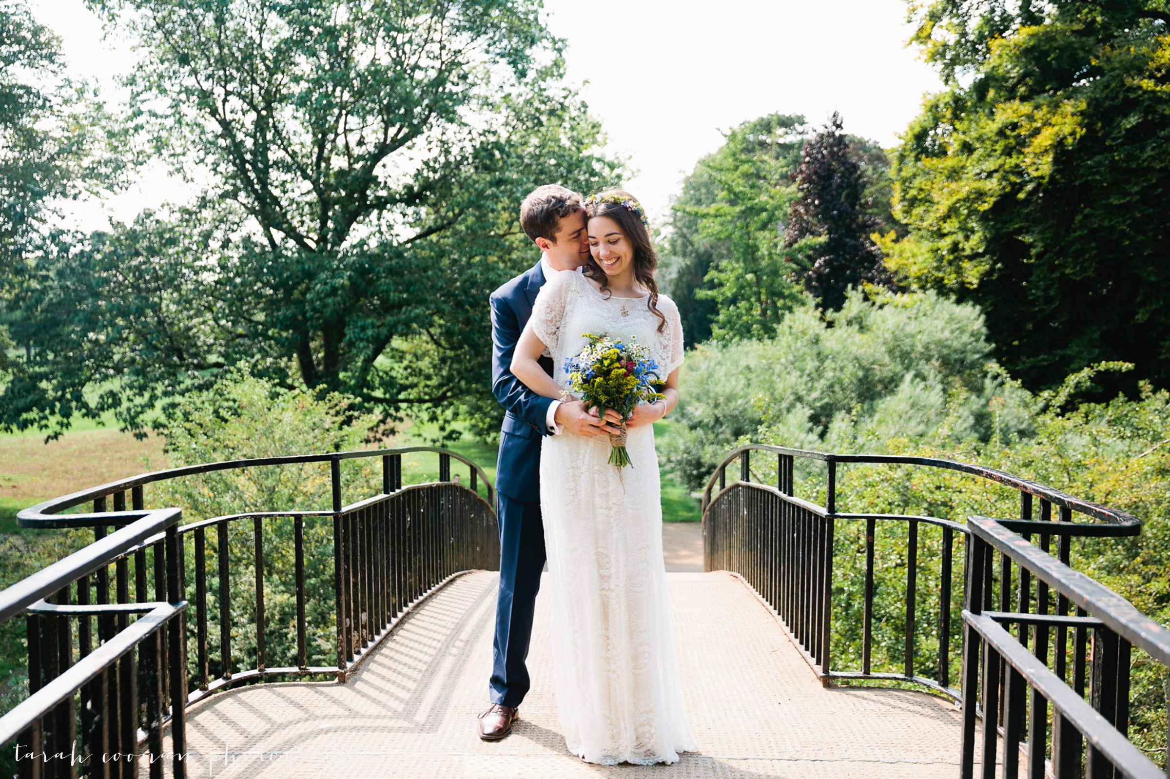 oxford bridge couple