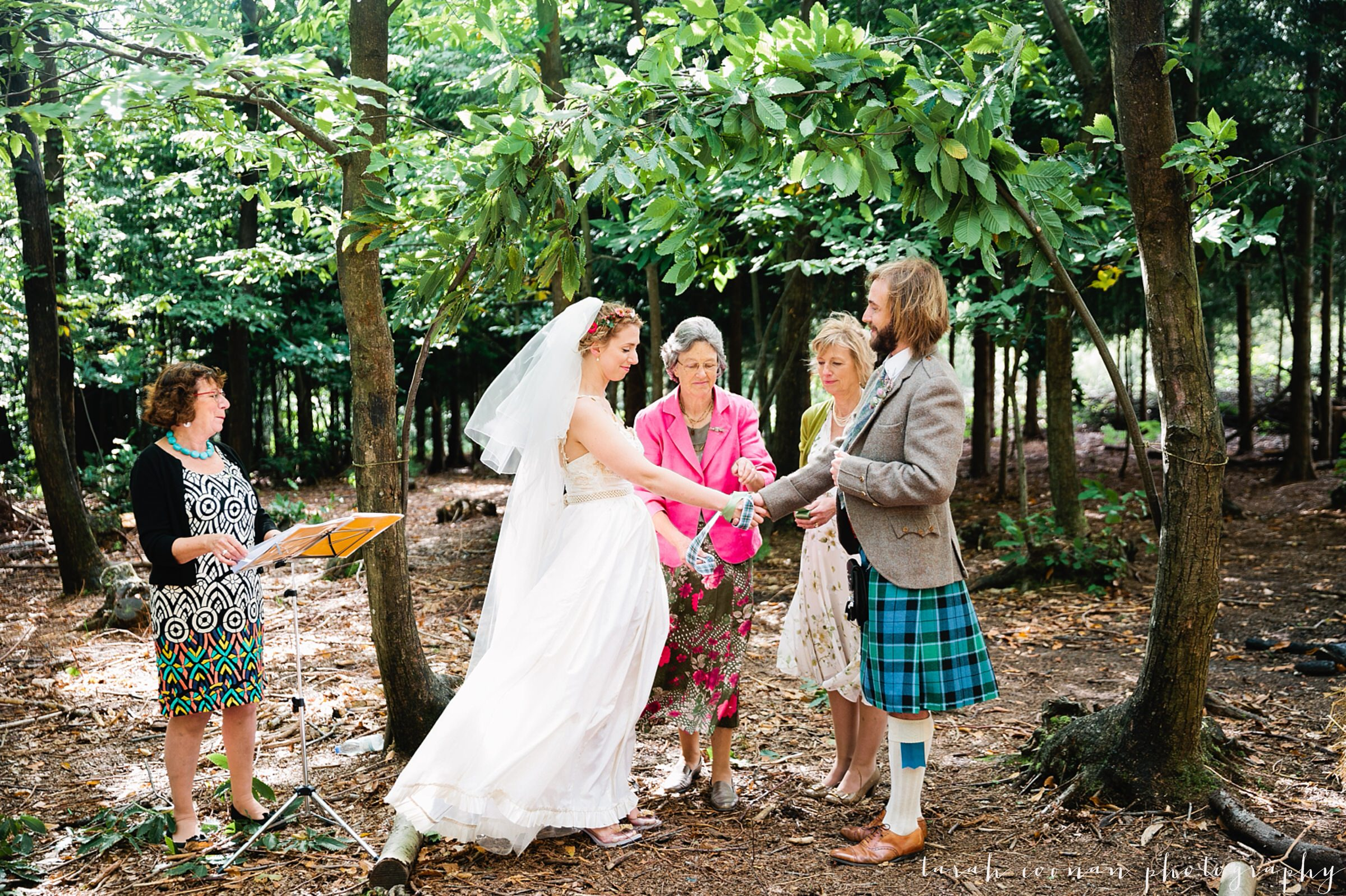 handfasting wedding