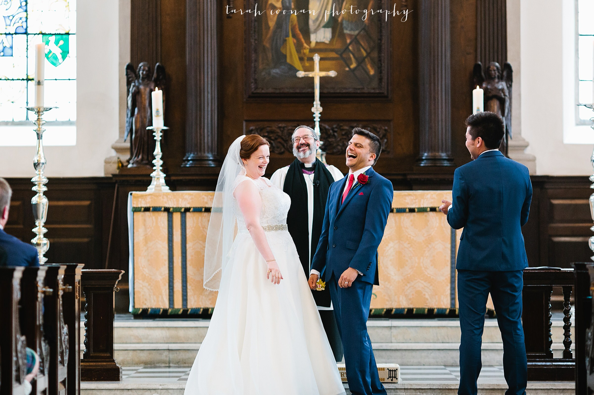 old-finsbury-town-hall-wedding_013