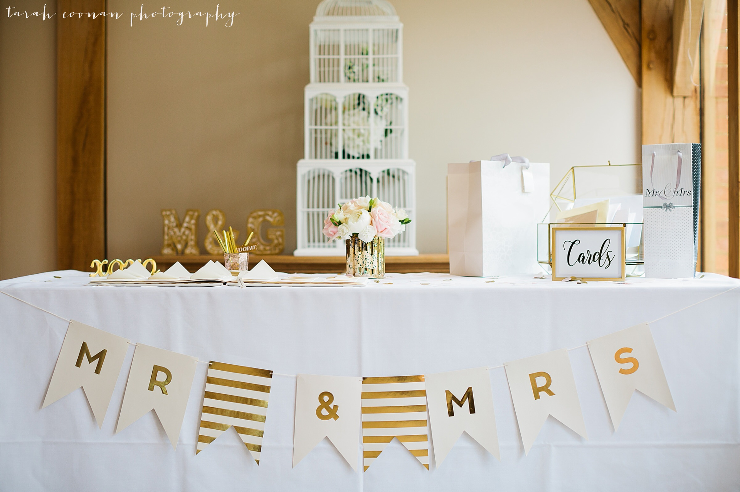 gold and pink wedding theme