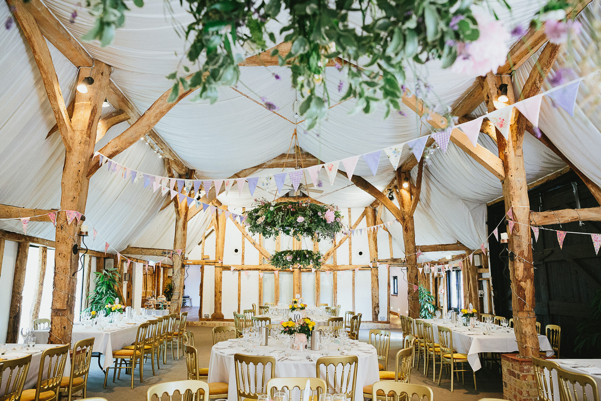 barn wedding UK