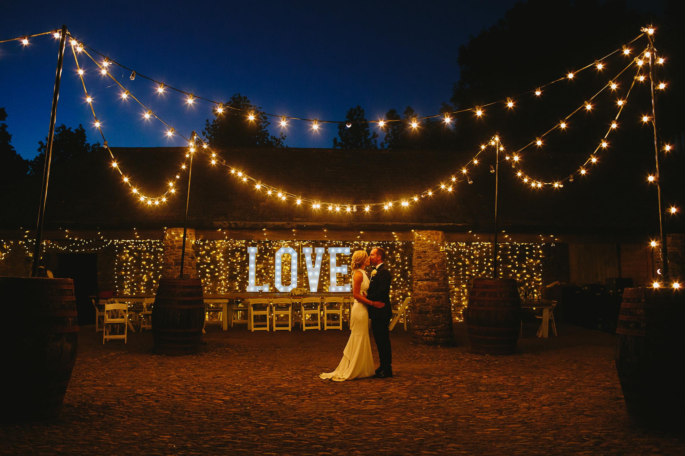 festoon lights wedding