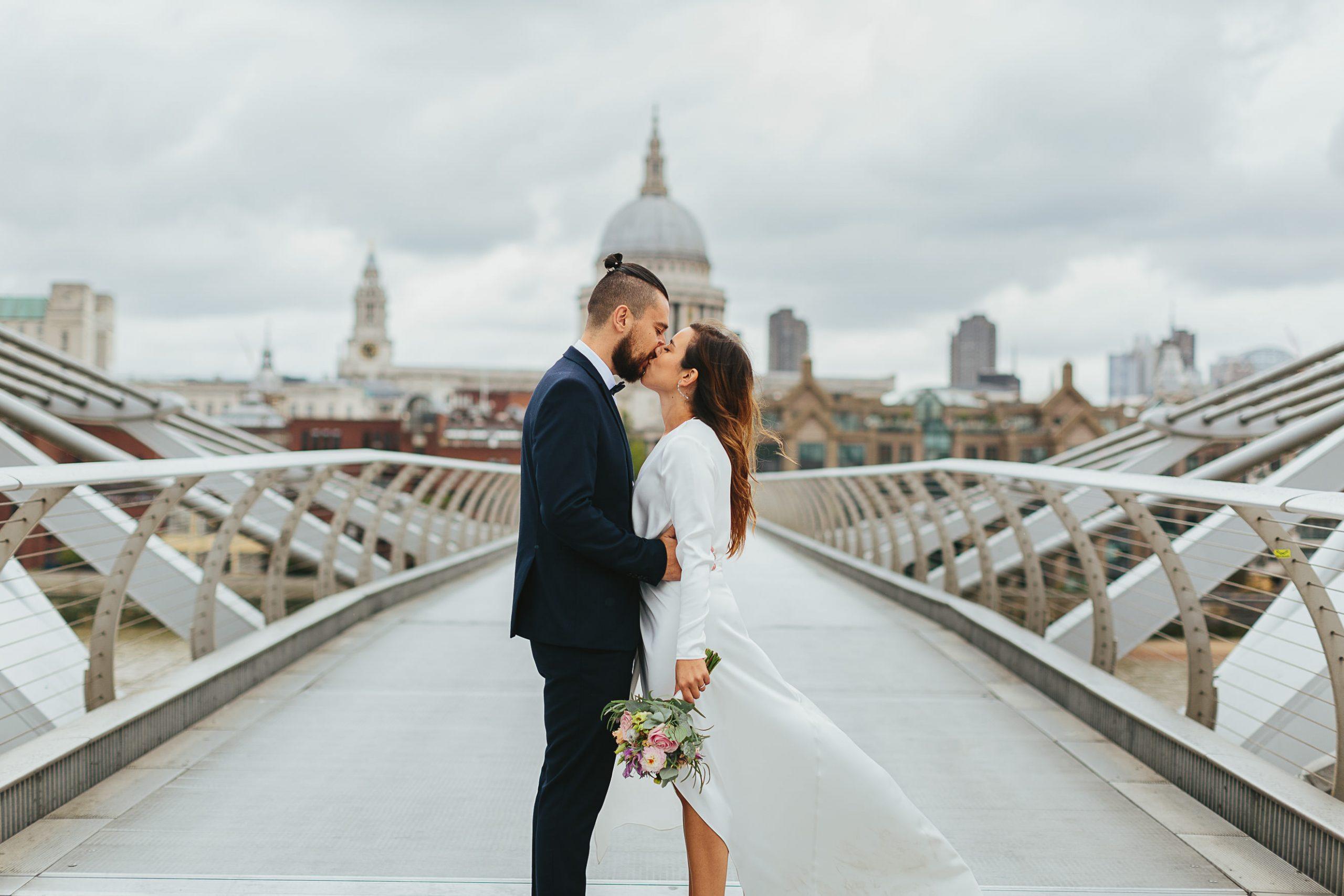 milennium bridge wedding